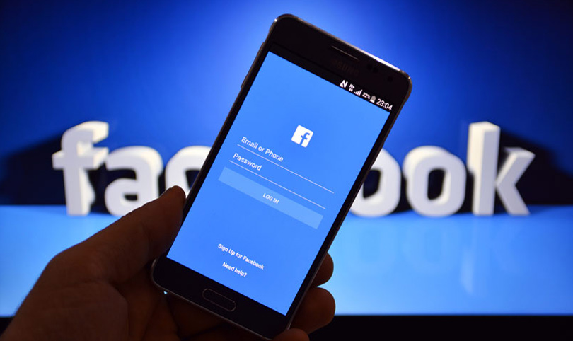 Social Media Users struggle to be online - Facebook is down for some time