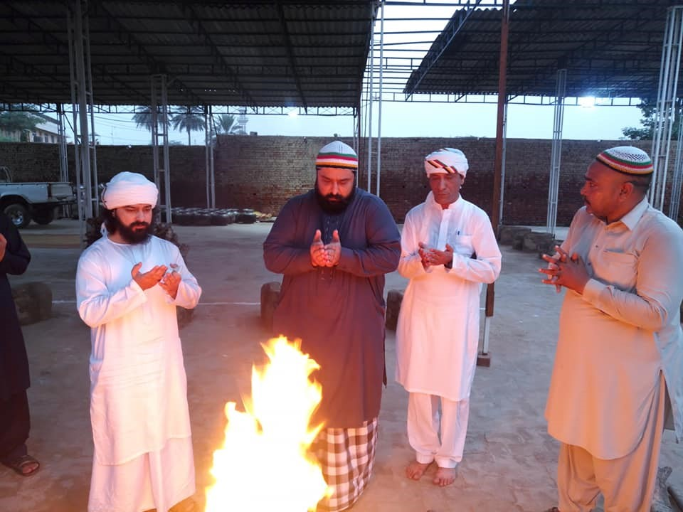 Custodians of Shrine - Inaugurating the free food facility ( Langer Khana) for people who visit the shrine during Urs.